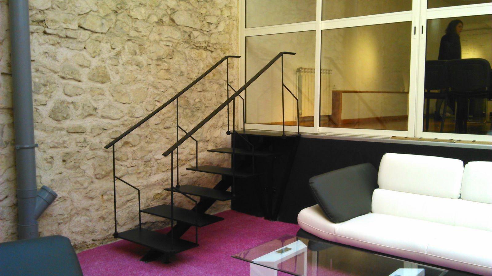 escalier en acier marseille 13006 freestyle forge. Black Bedroom Furniture Sets. Home Design Ideas