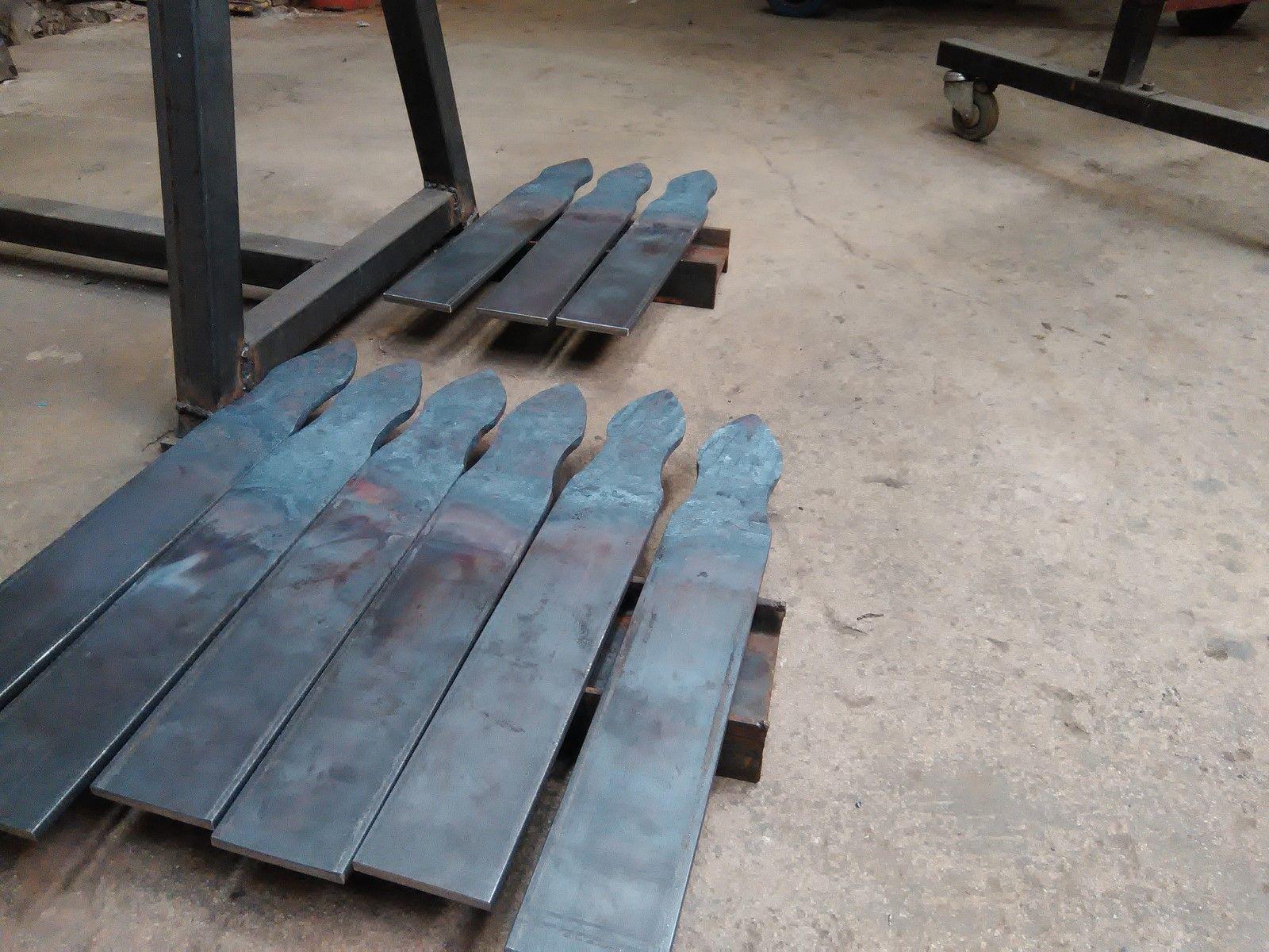 pentures de volets en fer forg saint tropez 83 freestyle forge. Black Bedroom Furniture Sets. Home Design Ideas