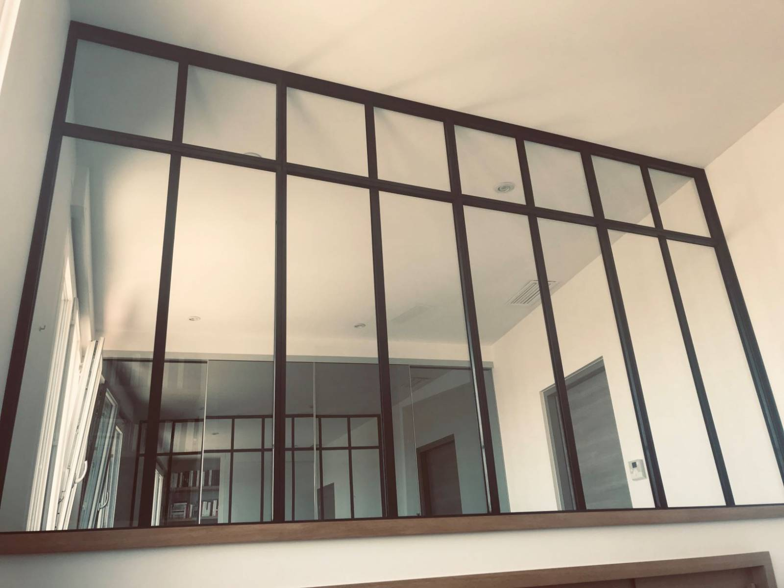 verri re style atelier sur mesure marseille 13008. Black Bedroom Furniture Sets. Home Design Ideas