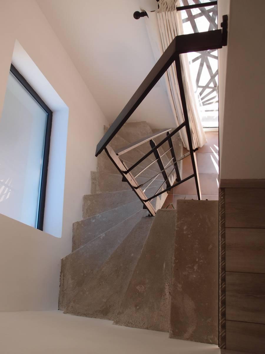 R alisation d 39 une rampe d 39 escalier marseille 13 for Escalier helicoidale marseille