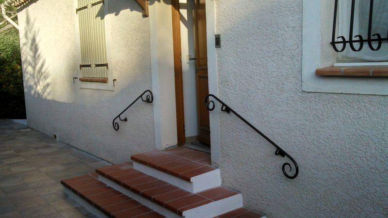R alisations ext rieures en fer forg sur marseille - Main courante pour escalier ...